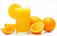 Uống thuốc thì không nên uống nước cam