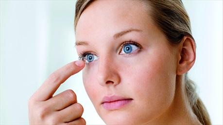 Những điều cần lưu ý khi đeo kính áp tròng