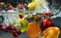 Ngâm rau quả vào nước muối, sai lầm tai hại cần bỏ ngay