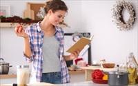 Phụ nữ ở nhà bằng làm 5 nghề cộng lại