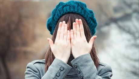 Mẹo chữa trị đau mắt đỏ tự nhiên