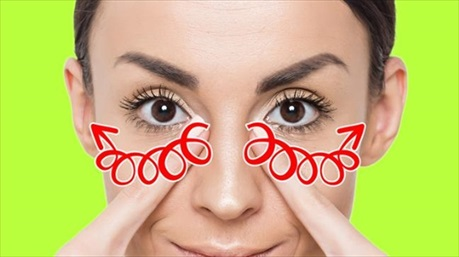 5 bài tập nâng cơ mặt xóa nếp nhăn vùng mắt, miệng và trán