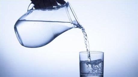 Có thể mắc nhiều bệnh vì uống nước đun sôi để nguội lâu ngày