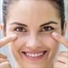 """9 cách loại bỏ quầng thâm mắt nhanh tại nhà để bạn không còn phải lo đến Tết với đôi mắt """"gấu trúc"""""""