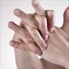 Bẻ khớp ngón tay - Vô cùng sảng khoái nhưng nguy hại khôn lường