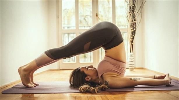 5 tư thế yoga tưởng dễ mà không hề dễ tuyệt đối đừng tùy tiện thử