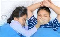 Người lớn ngủ ngáy là chuyện thường gặp, nhưng nếu trẻ em ngủ ngáy với các dấu hiệu này thì cha mẹ nhất định phải để ý