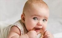 Tại sao ngủ với tư thế nằm sấp lại nguy hiểm cho trẻ sơ sinh?